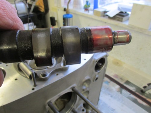Engine Assembly Lube On Frozen Camshaft Rear Bearing Journal