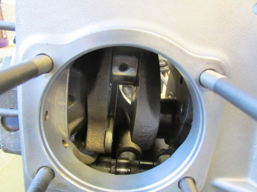 Crankshaft Throw Orientation When Flywheel Is Mounted One Bolt Hole Away For The Correct Hole