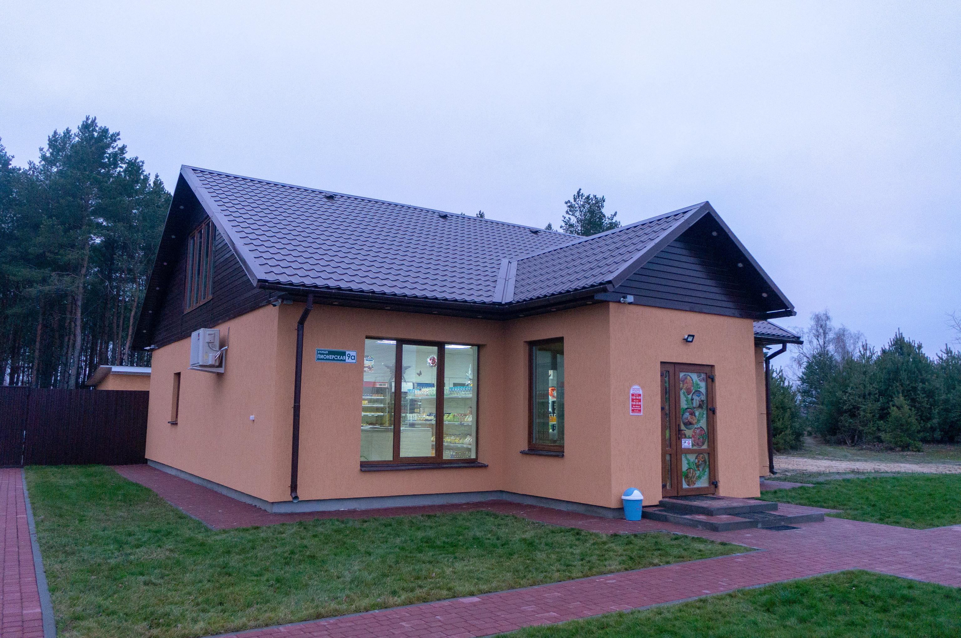 Магазин в деревне Пересудовичи
