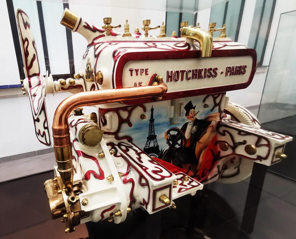 Museo Automovilístico y de Moda de Málaga motores Belle Epoque Hotchkiss año 1908 por Jorque Marques