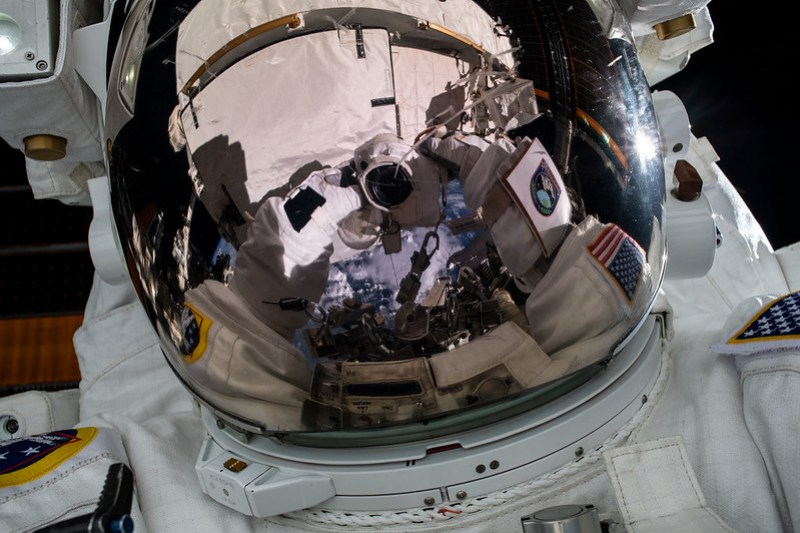 "NASA astronaut Jessica Meir takes an out-of-this-world ""space-selfie"""