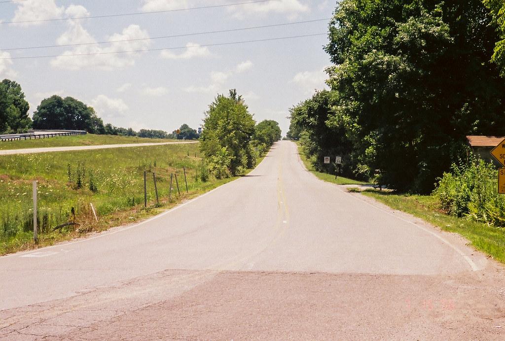 Toward Illinois on old US 40