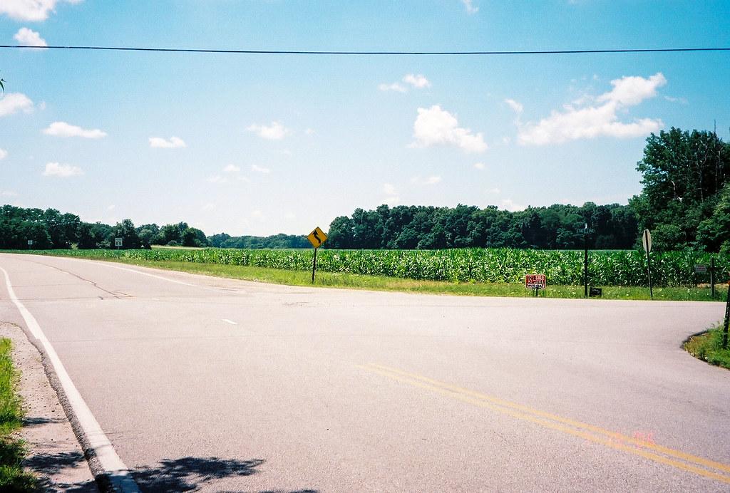 Illinois line on US 40