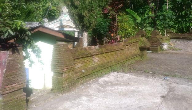 pagar-kuno-pada-masjid