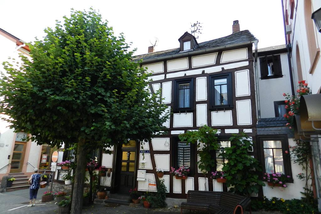 edificio casa tradicional Lorch Valle del Rin Alemania 10