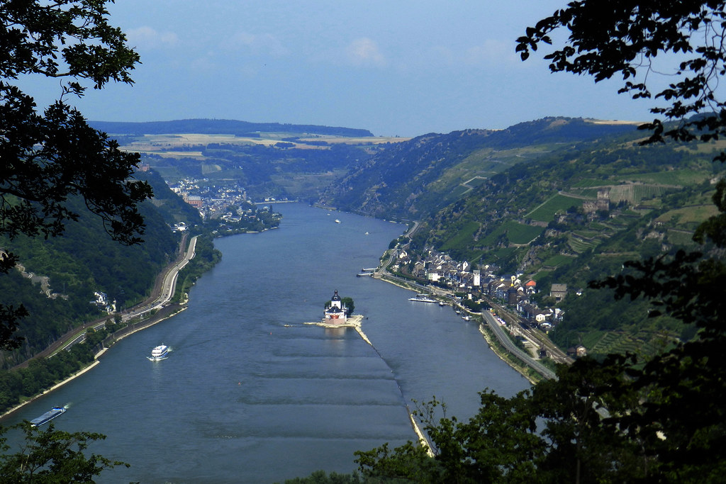 Castillo Pfalzgrafenstein y Kaub Valle del Rin Alemania 01