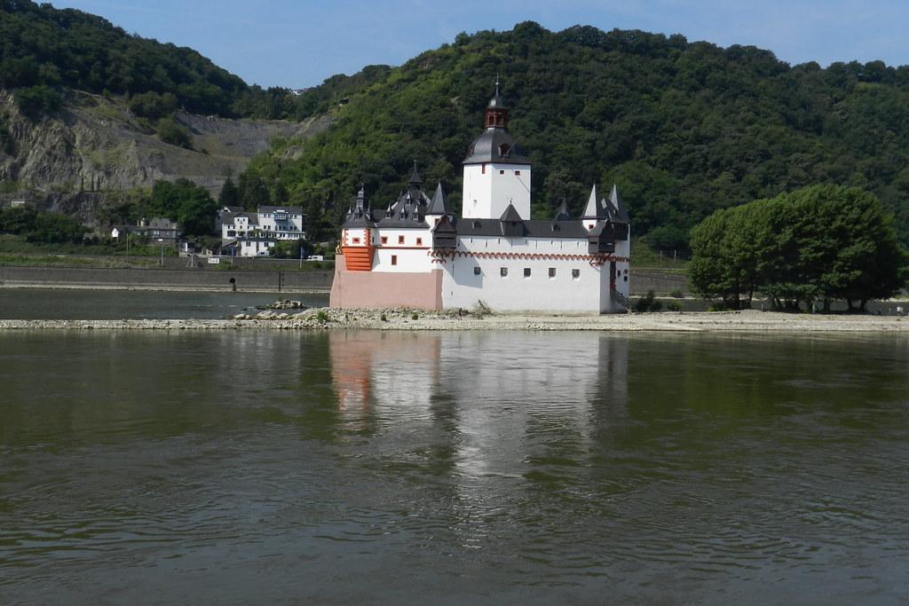 Castillo Pfalzgrafenstein Valle del Rin Alemania 01