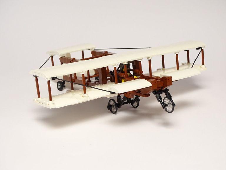 Voisin Celular 1:40 LEGO Model