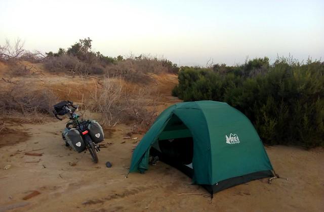 I camped in this small depression in an attempt to get out of the wind. by bryandkeith on flickr