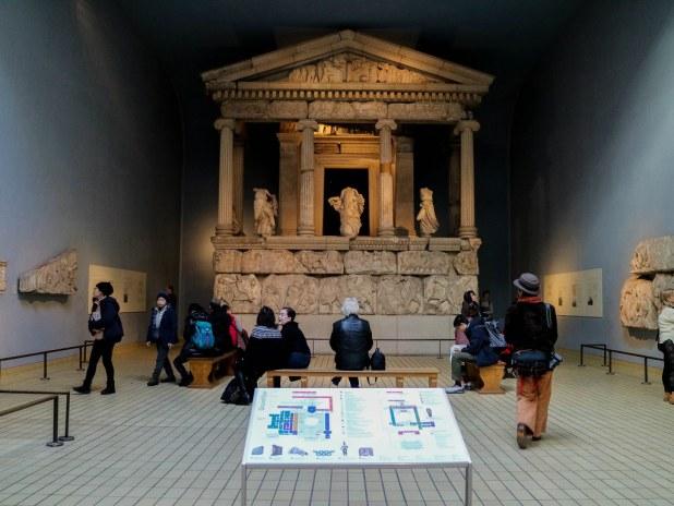 Monumento de las Nereidas en el British Museum en Londres