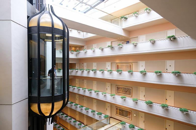 glass elevator regent singapore