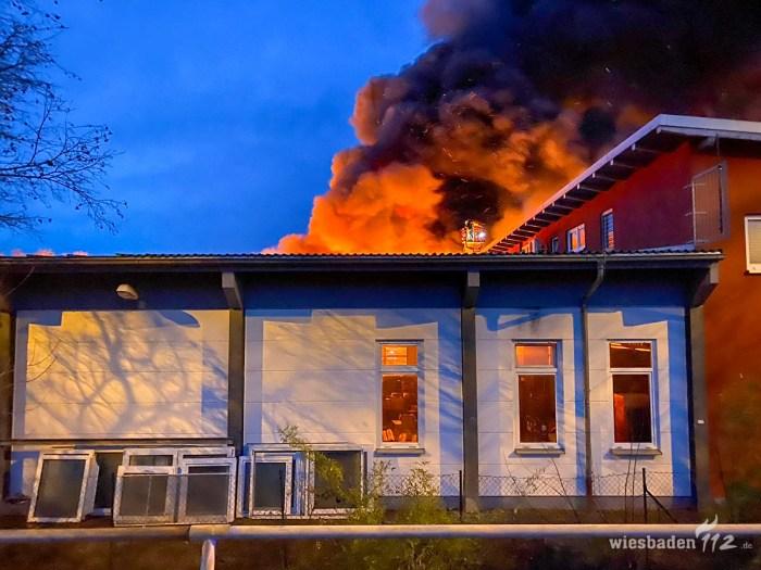 2020-02-02 Lagerhallenbrand Frankfurt-Rödelheim (1 von 1)