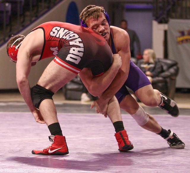 174-No. 10 Zach Johnston (MSU) dec. Evan Foster, 8-6 - 200206mb0108