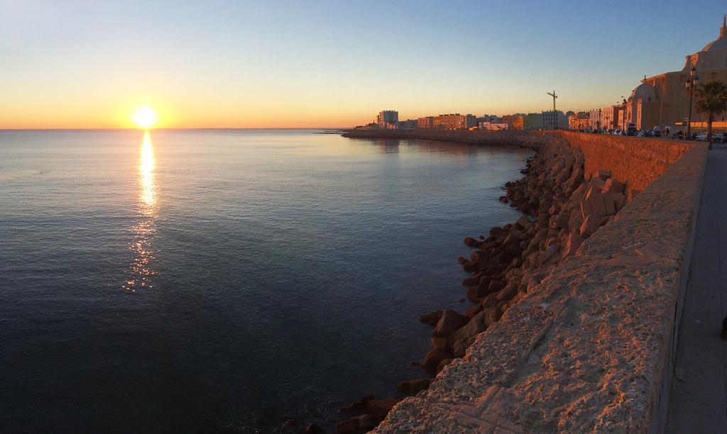 vista del mar Avenida Campo del Sur Cadiz 01