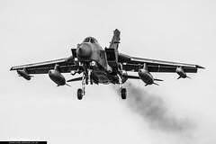 ZA595 / 061 - Panavia Tornado GR4 - RAF Marham Wing