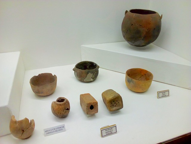 Neolithic Çatalhöyük stuff from 7000BCE by bryandkeith on flickr