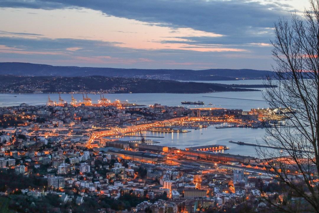 Trieste al tramonto