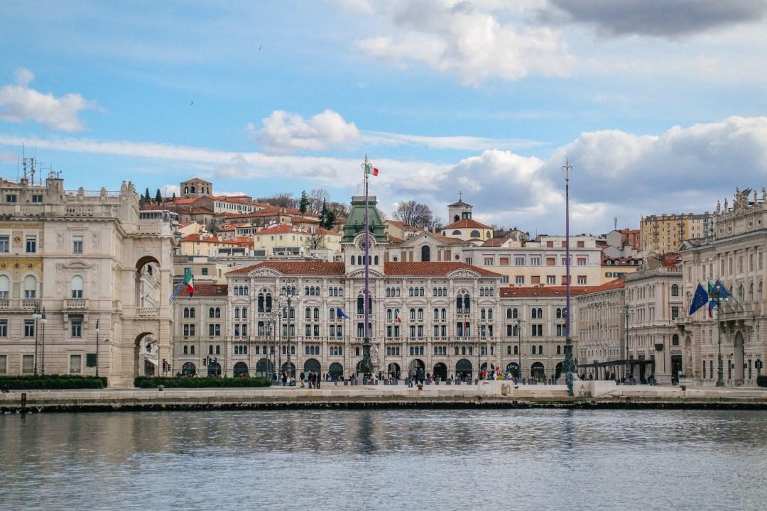 Piazza dell'Unità vista dal Molo Audace, Trieste