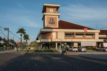 Uptown Centro de Comércio e Serviços