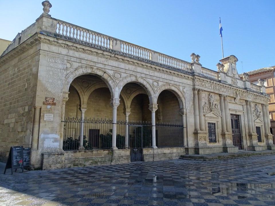 ayuntamiento antiguo Cabildo Plaza de la Asuncion edificio historico Jerez de la Frontera Cadiz 01