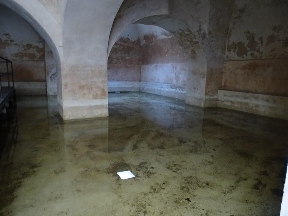 aljibe cisterna del Alcazar de Jerez de la Frontera Cadiz 04