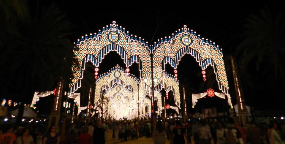 iluminacion y calles del recinto Parque González Hontoria Feria del Caballo 2014 Jerez de la Frontera Cadiz 05