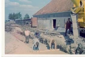 1972-xx-xx - Bouw Ligboxenstal - 006