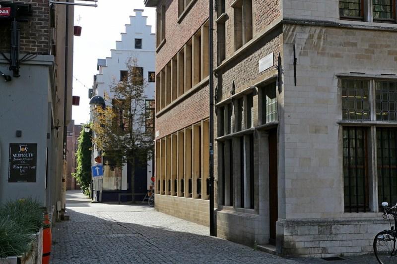 IMG_0374 Antwerpen Vrijdagmarktstraatje