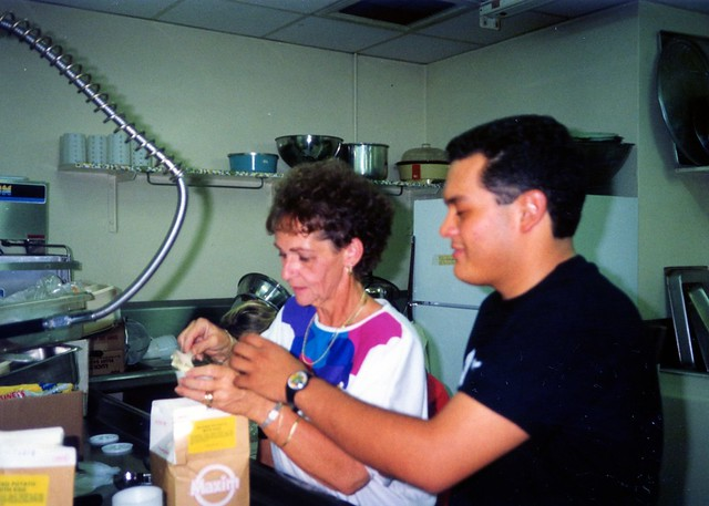 Mama's Kitchen Volunteers, 1991