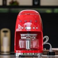 SMEG 濾滴美式咖啡機,經典義大利美學設計,家裡最美的一道風景!台灣總代理品硯美學廚電