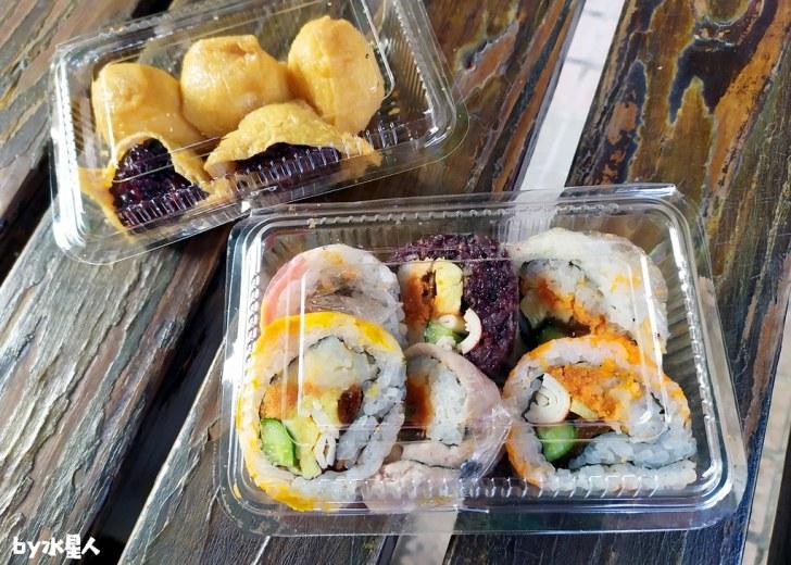 49808833802 580e3d5091 b - 隱藏版壽司邊一盒20元!大隆路黃昏市場排隊美食,用料滿滿口味多