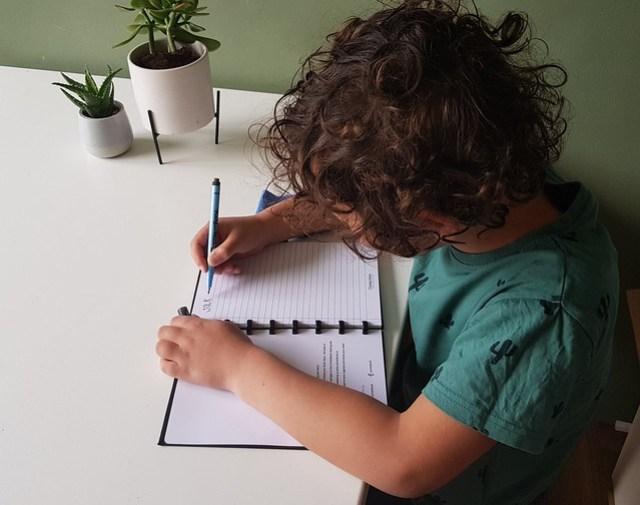 Correctbook review goede doel analfatbetisme