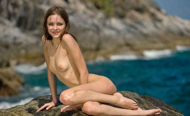 Nude Beach  (16)