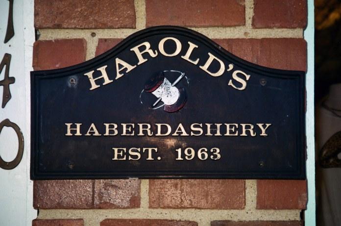 Harold's, flash