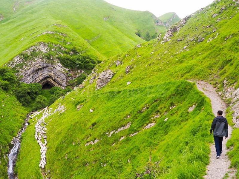 Cómo llegar a la Cueva de Arpea - Turismo de Navarra