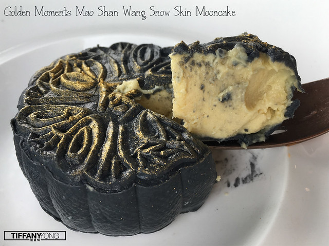 golden-moments-mao-shan-wang-snowskin-mooncakes
