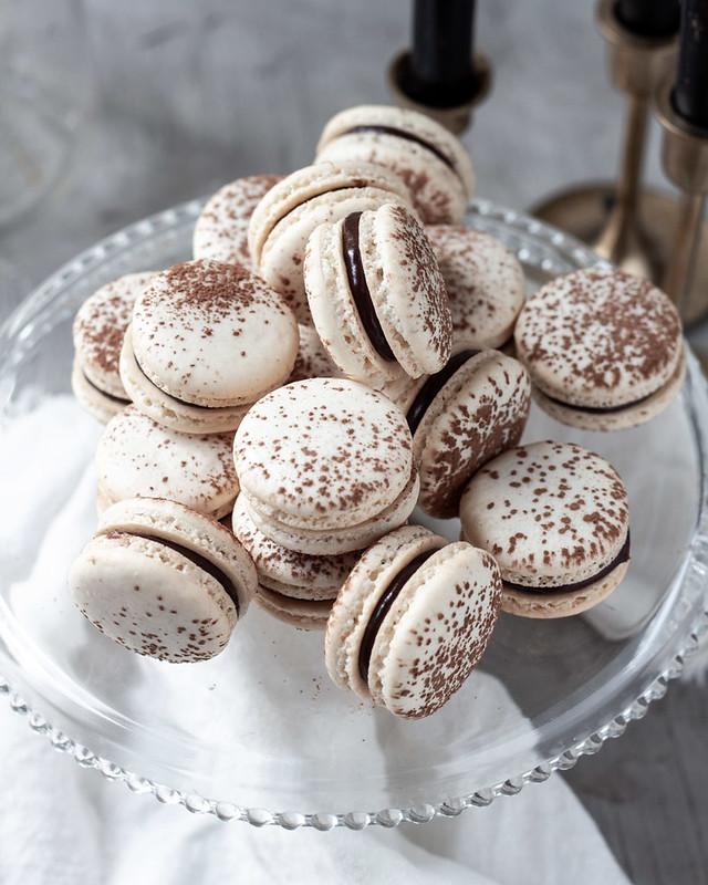Chocolate Ganache Macarons IG (6 of 12)