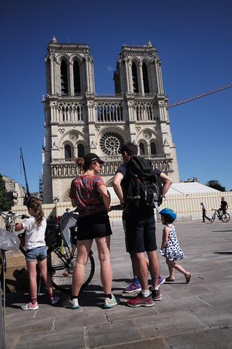 20f01 Notre Dame y Tarde veraniega_0080 Uti 425