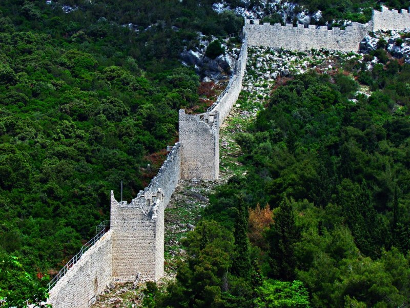 The great Croatian wall: the longest walls in Europe are in Ston