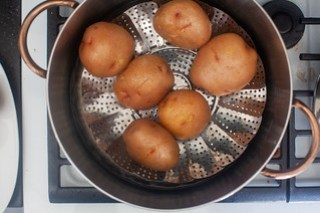 steamed red potatoes