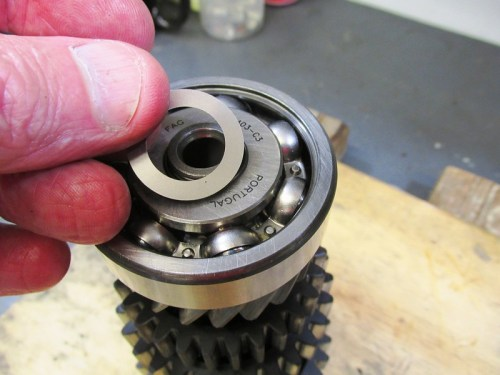 Output Shaft 5th Gear Bearing Shim Goes Over Snap Ring