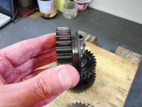 Output Shaft 3rd Gear Has Slot For Shift Fork