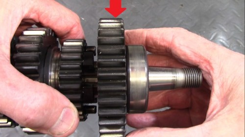 Output Shaft 1st Gear Teeth Have A Helical Wear Pattern