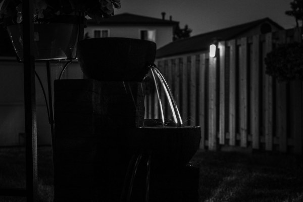 Week 27: Rim Lighting - Patio Side Fountain