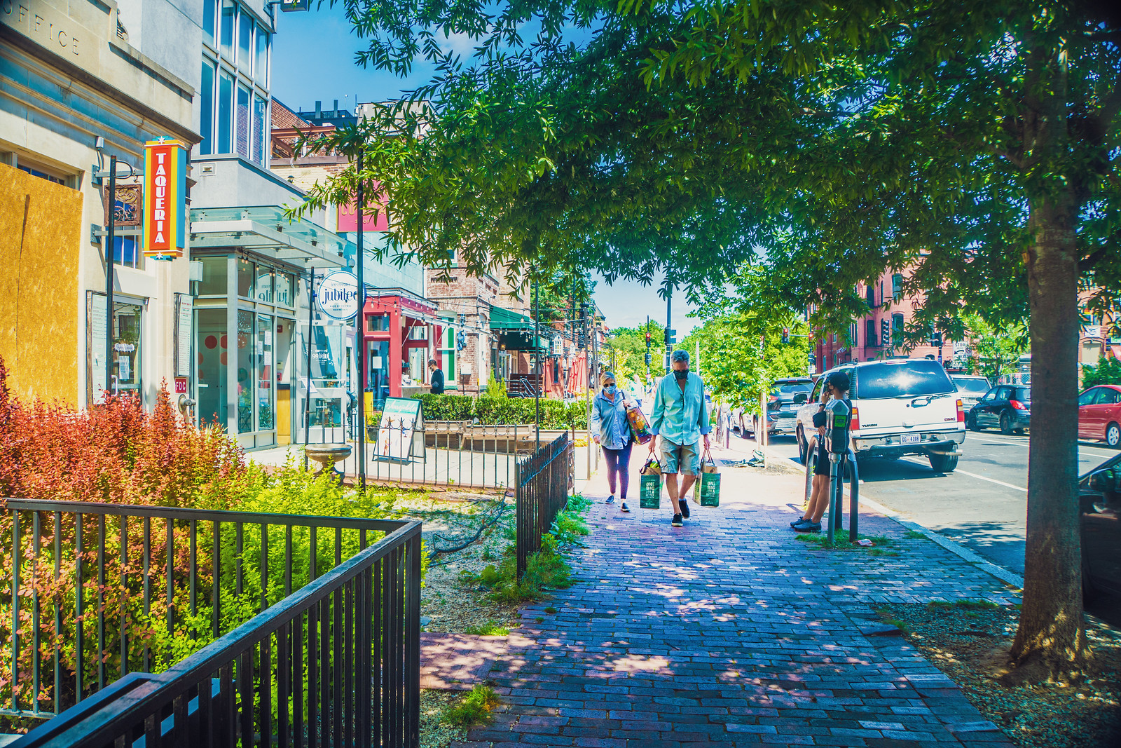 Photo Friday: Logan Circle, Washington, DC 2018 and 2020 – What a difference 2 years makes