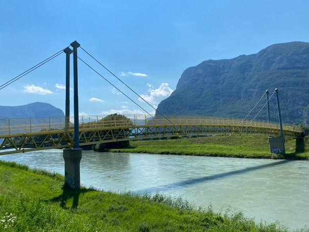 Brücke über die Etsch