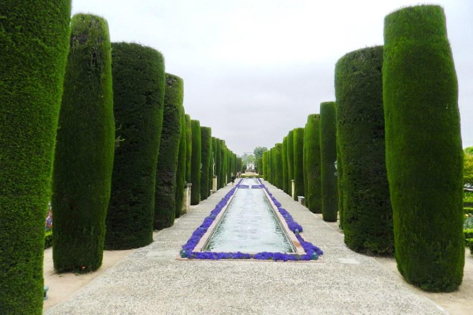 Jardines Paseo de los Reyes Alcázar de los Reyes Cristianos Cordoba 01
