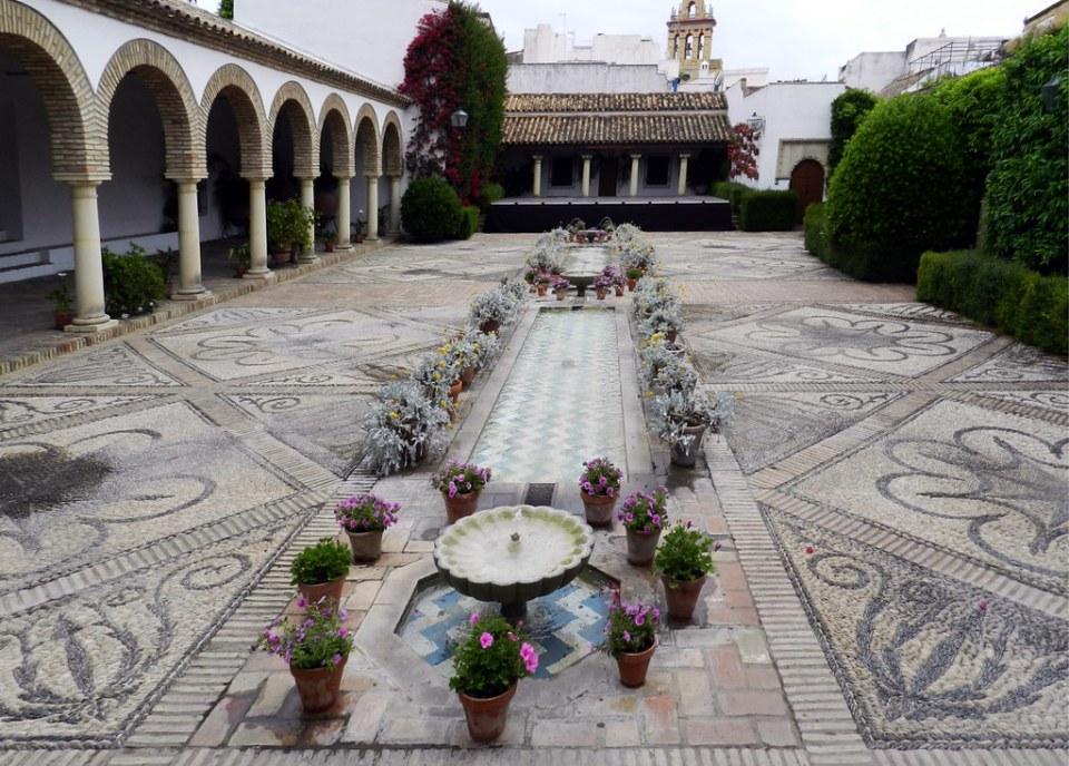 patio de las Columnas Palacio de Viana Cordoba