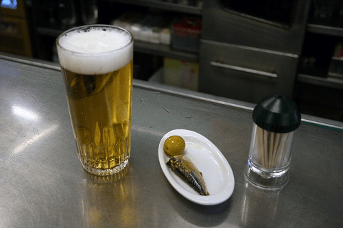 madrid Cerveza-con-tapa-de-sardina-y-oliva