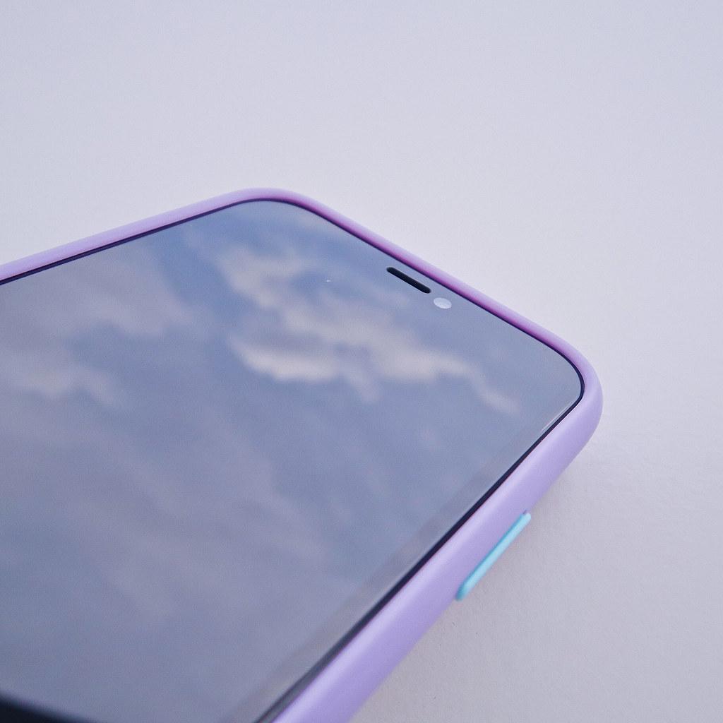 50114291577 09c7d6217e b 1.1cm高的TPU防撞軟邊框,為手機提供最強的防震效果!